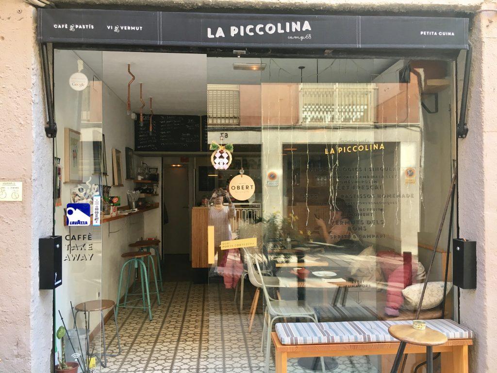 Cafetería La Piccolina, en Barcelona. Cafetería La Piccolina, en Barcelona.