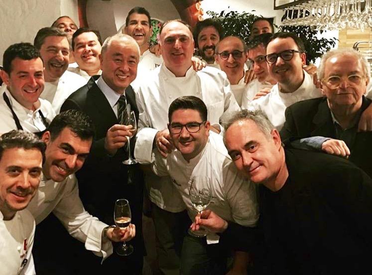 Nobu, entre los chefs españoles que le homenajearon en Marbella.