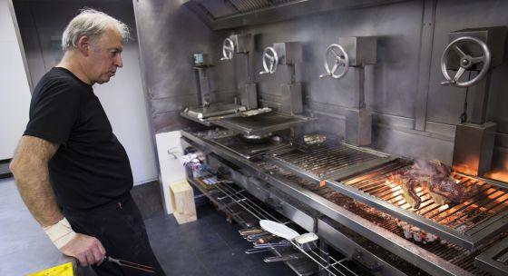 Bittor Arginzoniz, en su cocina. /G. L.