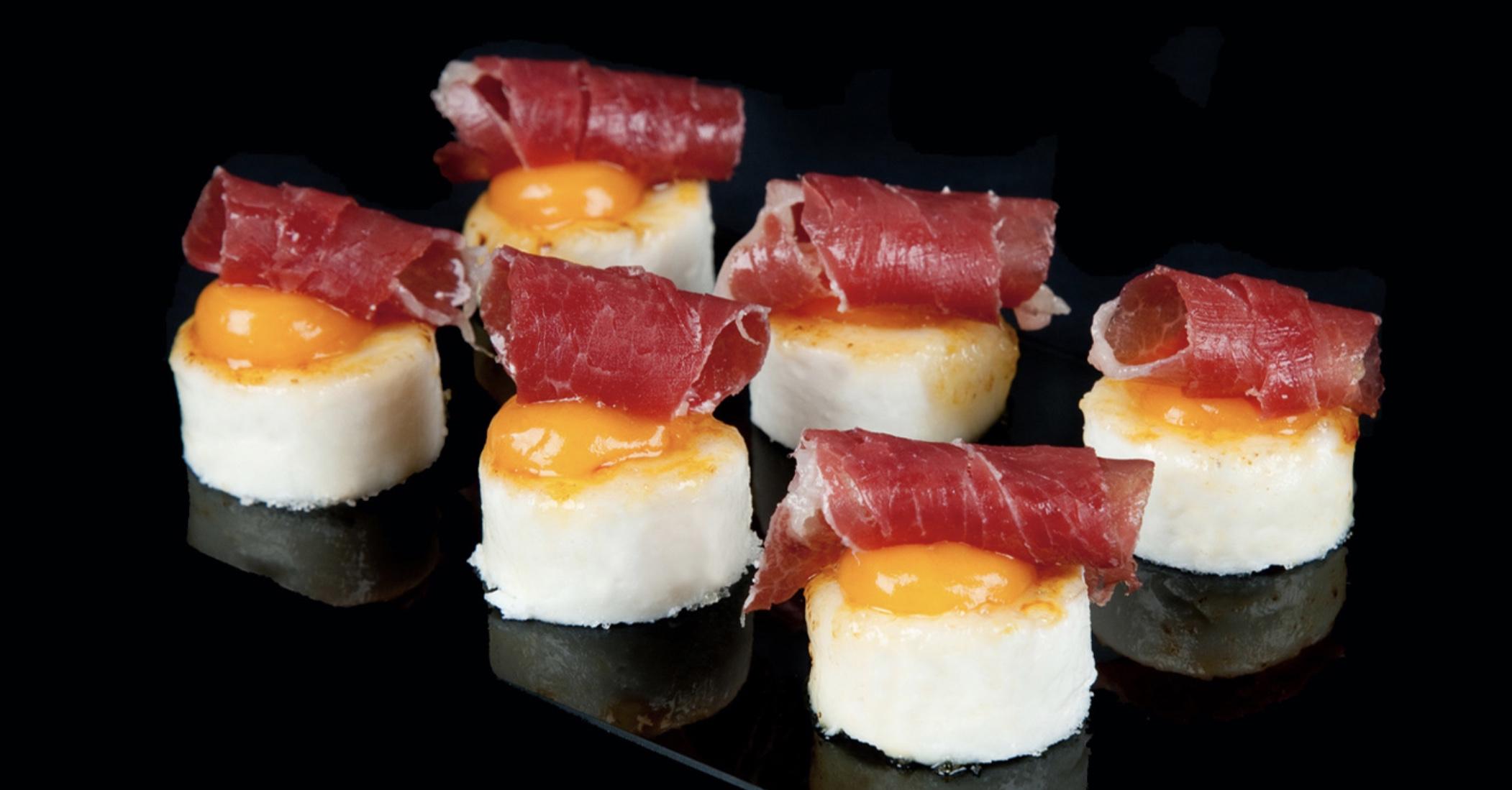 Huevos con jamón. Eneko Tokyo.
